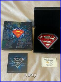 10 oz. Pure Silver Coloured Coin Superman's Shield Mintage 1500 (2017)