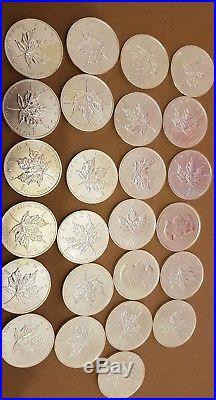 25 x 1oz 2011 Canadian Maple Leaf 9999 Fine Silver Bullion $5 Coin unc